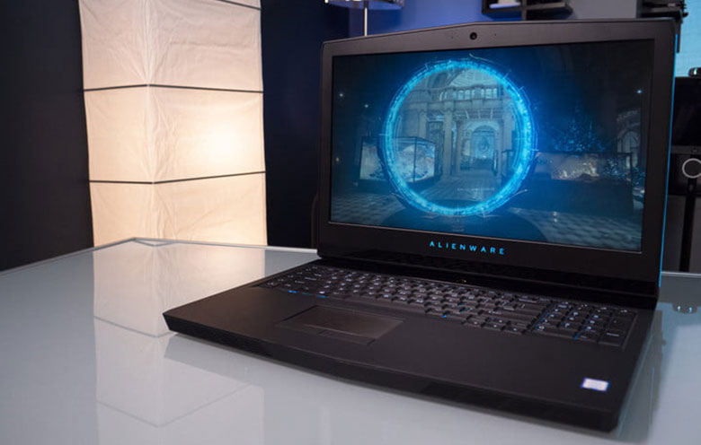 pc portable gamer alienware r5